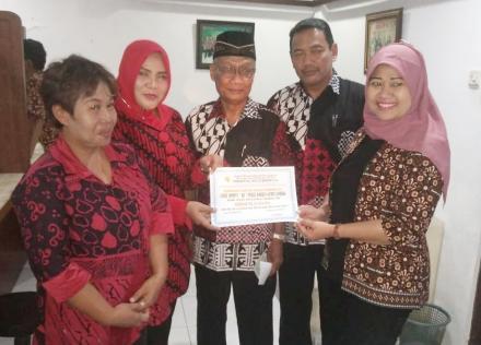Penyerahan Bantuan Peduli Lombok melalui Kedaulatan Rakyat